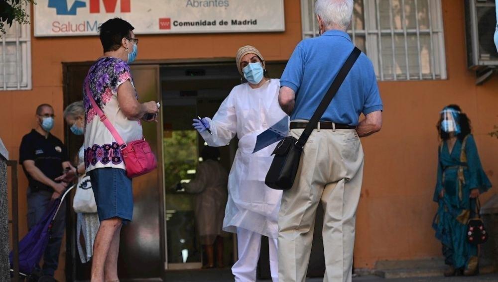 Los datos del coronavirus siguen en descenso
