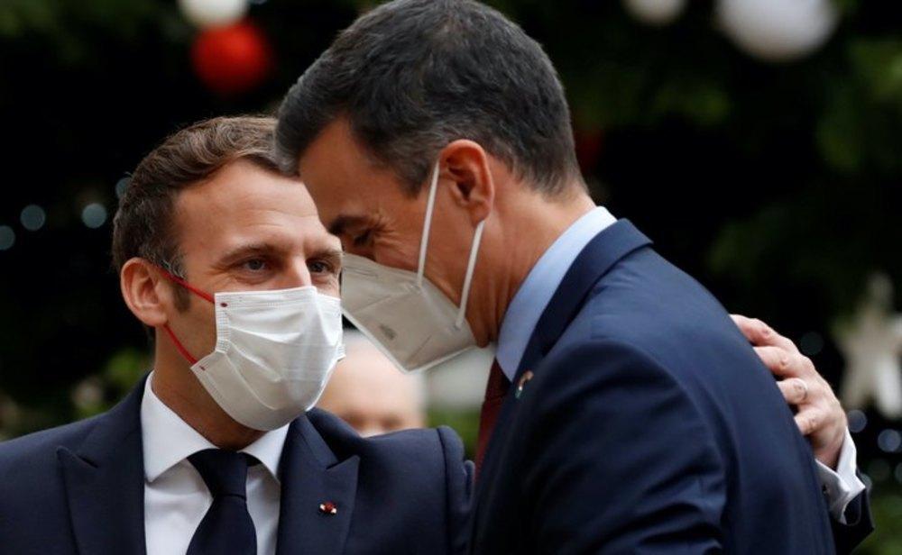 Pedro Sánchez y Emmanuel Macron en el evento del 60 aniversario de la OCDE