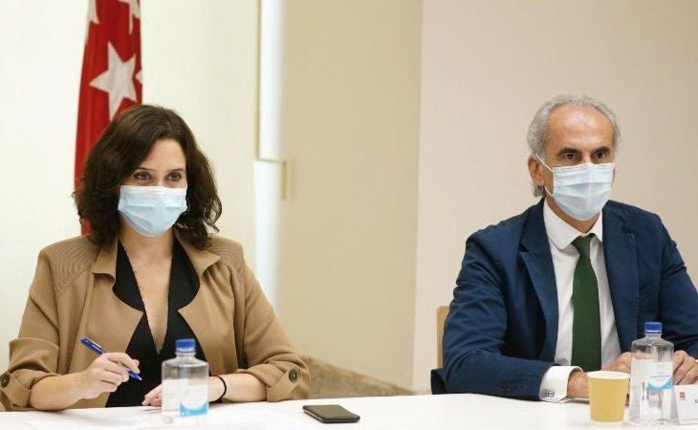 Isabel Díaz Ayuso y Enrique Ruiz Escudero, presidenta y consejero de Sanidad de la Comunidad de Madrid