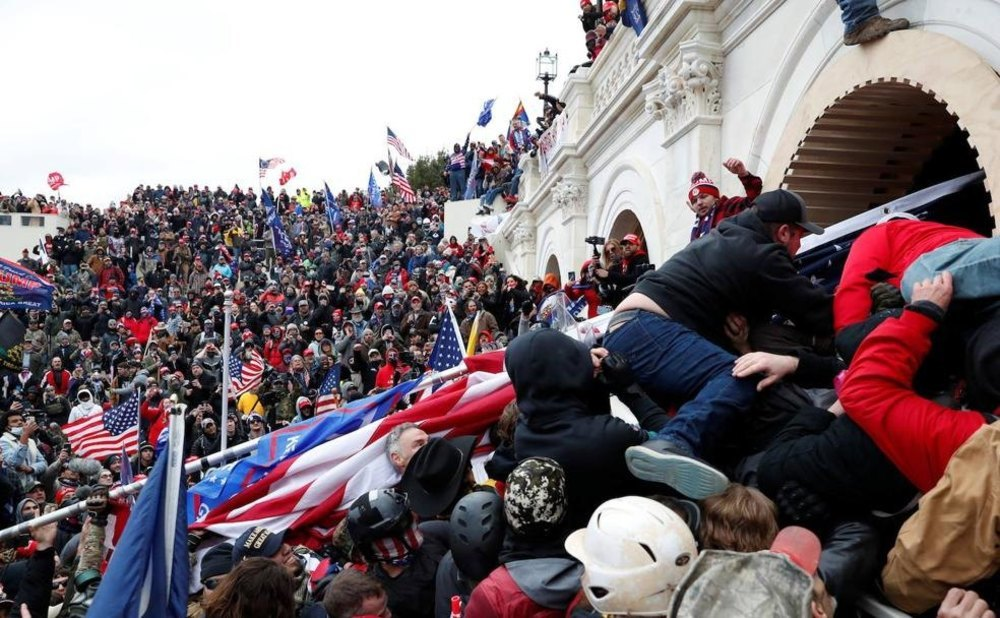 Ya hay cinco fallecidos en el asalto al Capitolio