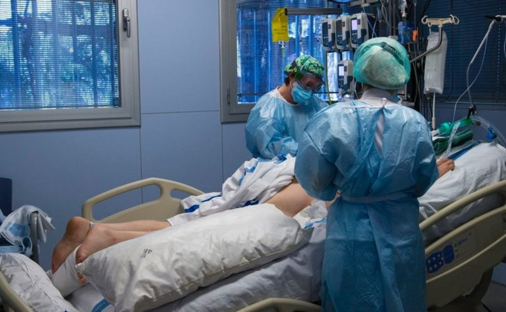 La tecera ola del coronavirus, disparada en España