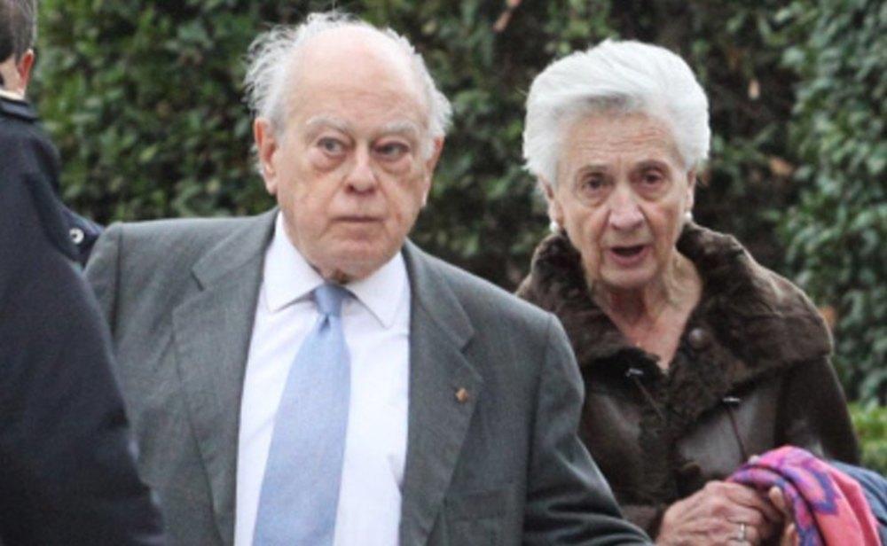 Jordi Pujol y su esposa Marta Ferrusola
