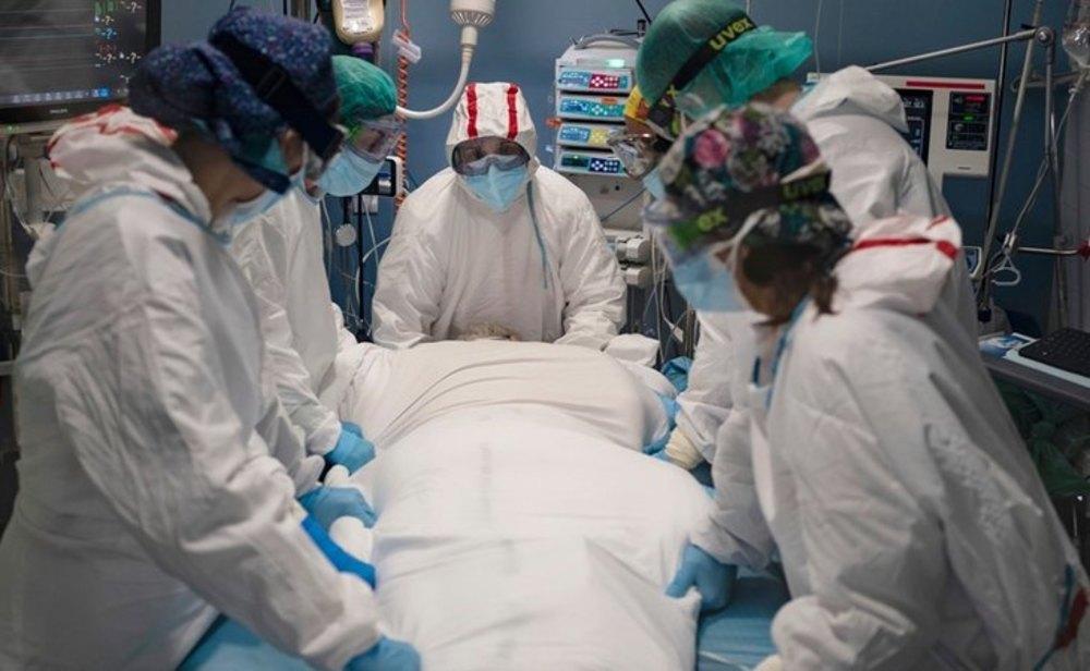 La tercera ola de coronavirus sigue dejando cifras récord en España