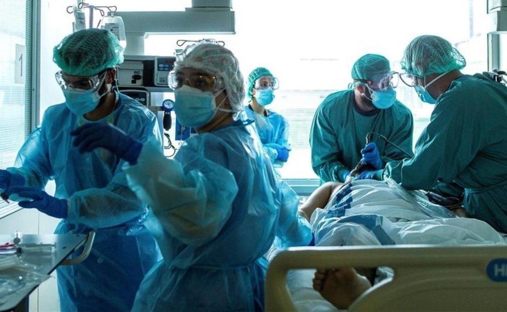 Los hospitales siguen muy congestionados a causa del coronavirus