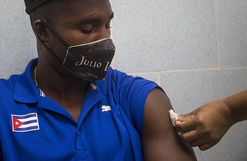 Cuba ya tiene dos vacunas en fase 3 experimental