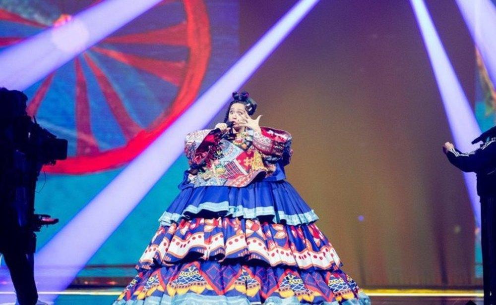 Manizha, representante de Rusia en Eurovisión 2021, durante el primer ensayo en Róterdam | Andres Putting/UER