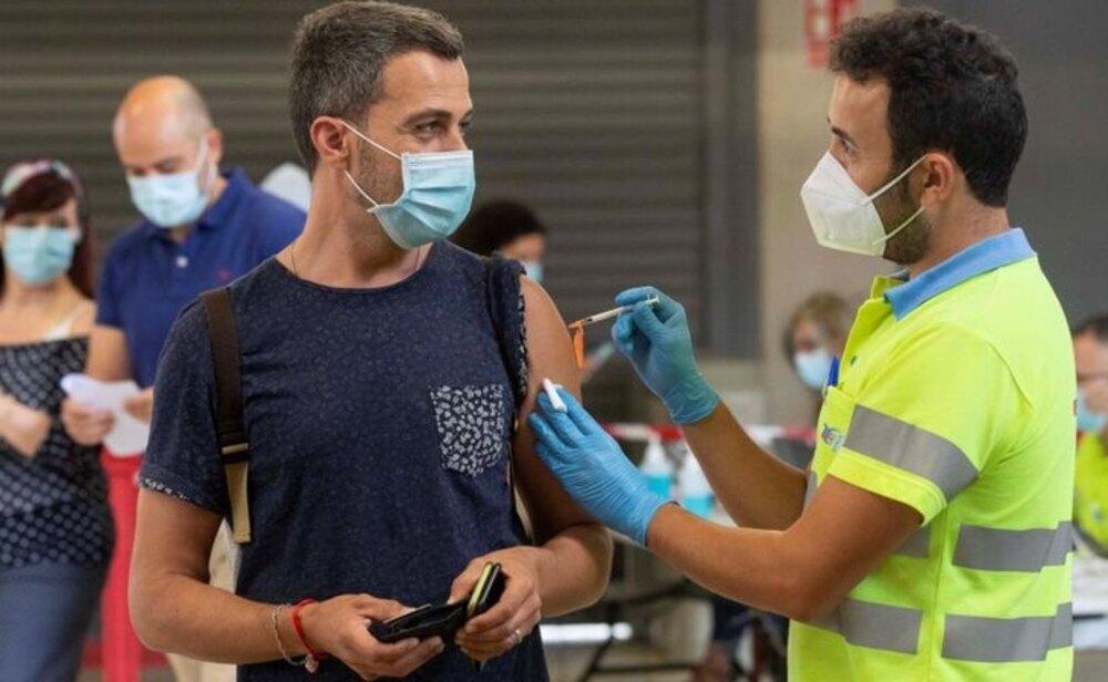Más del 30% de la población española tiene ya la pauta completa de vacunación contra el coronavirus