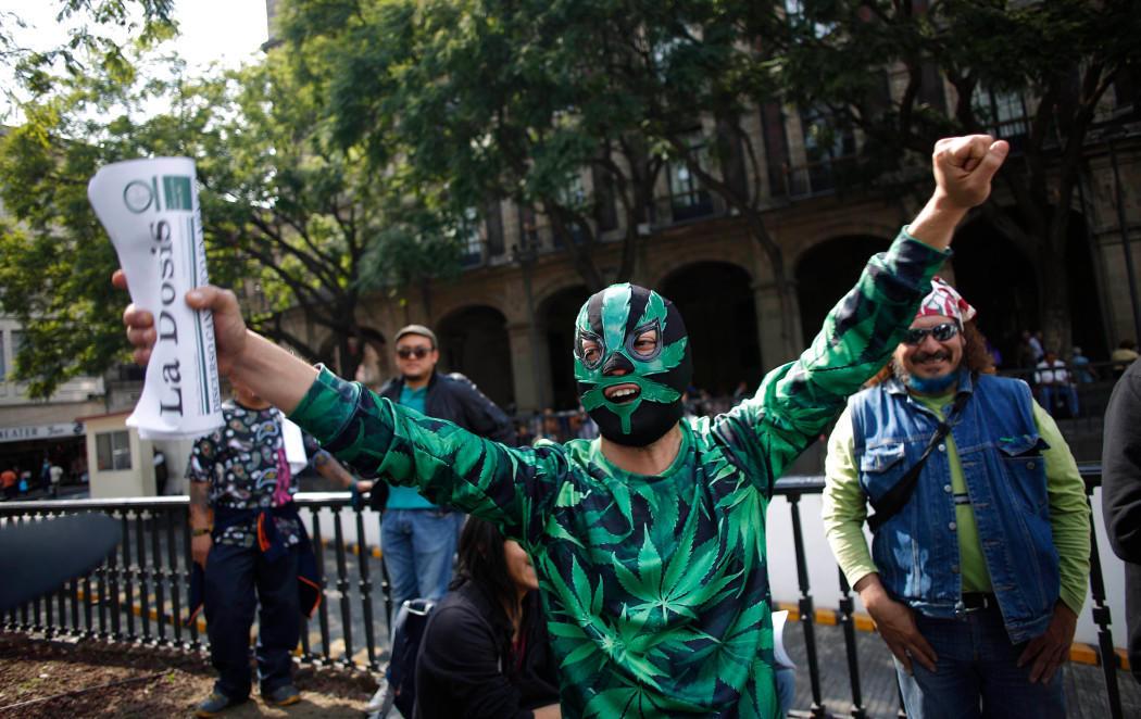 México legaliza la marihuana como medida contra el narcotráfico
