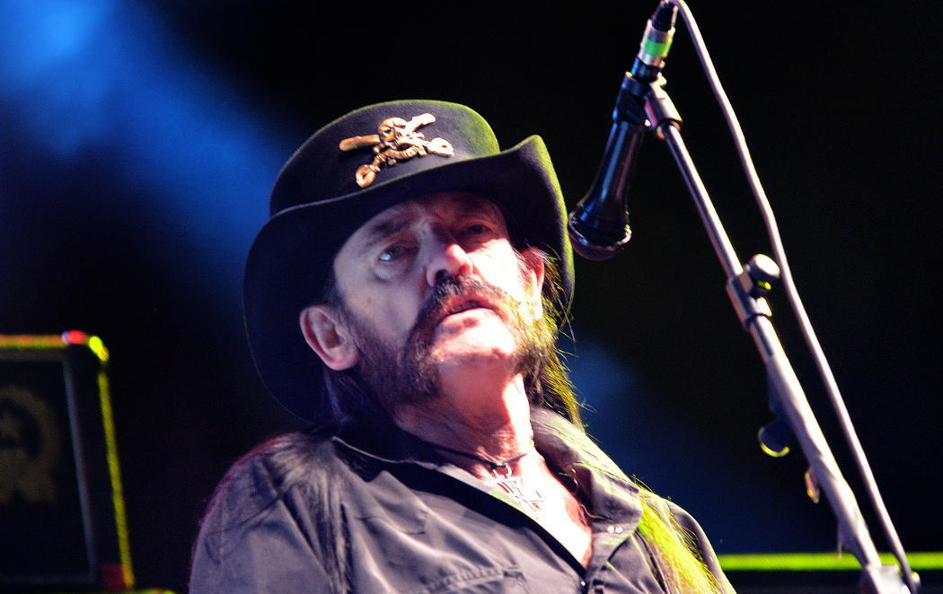 Muere Lemmy Kilmister de Motörhead, hoy es un día triste