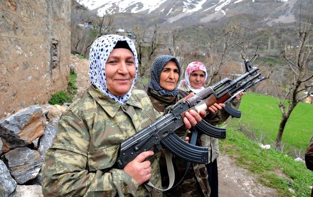 Mujeres kurdas en el camino al fin del conflicto