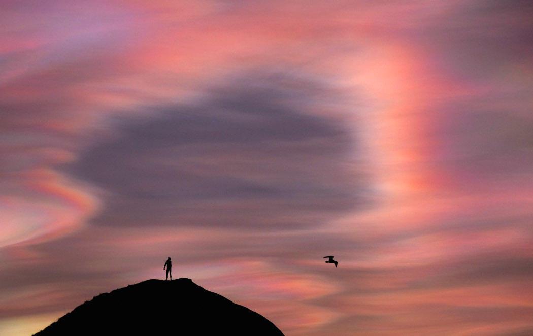 El curioso efecto de la nubes nacaradas