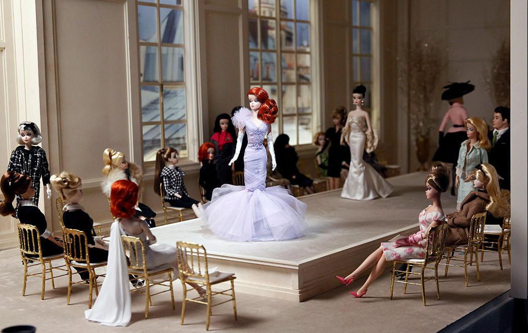Barbie celebra su 57 cumpleaños en Paris