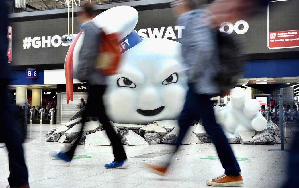 Los 'Cazafantasmas' toman la estación de Waterloo