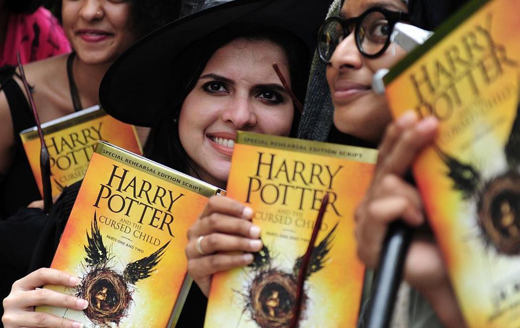 La fiebre por 'Harry Potter' vuelve a las librerías