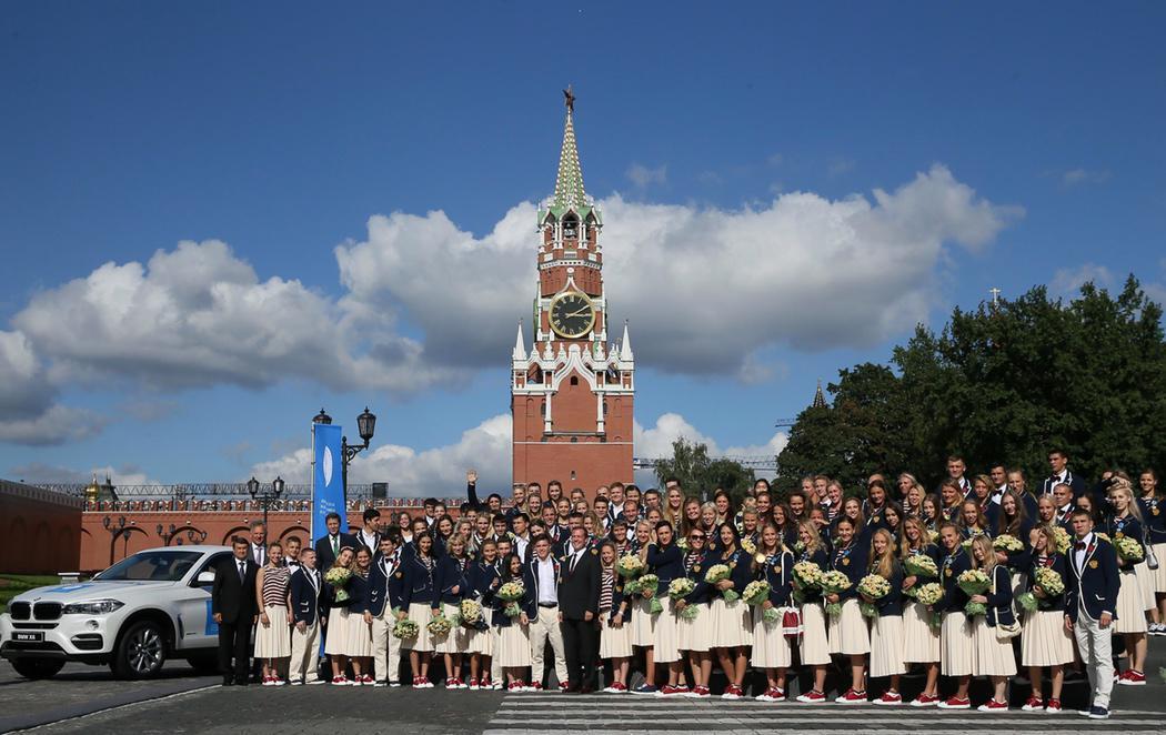 Putin regala coches BMW a los medallistas rusos de Río 2016