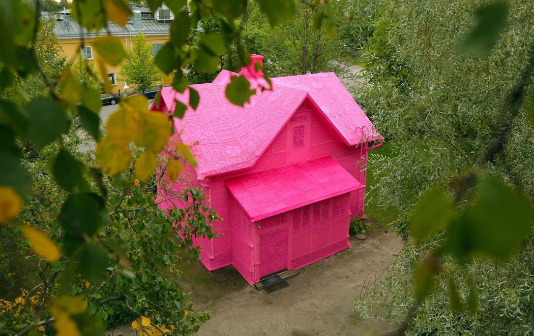 Una casa de ganchillo para apoyar a los refugiados