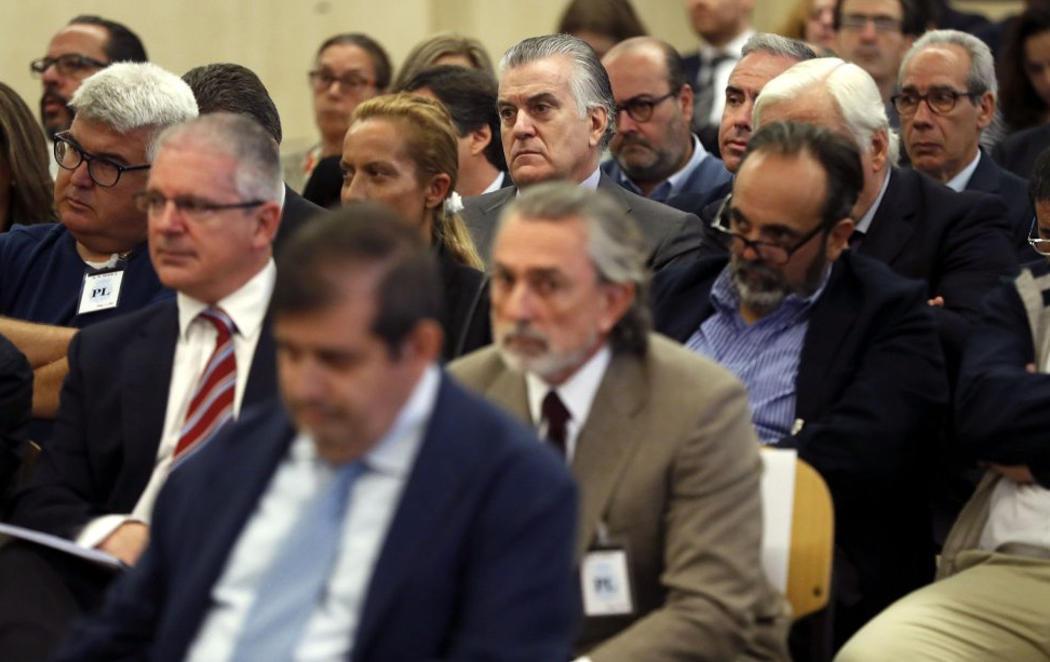 Los 37 acusados del 'caso Gürtell' en el banquillo