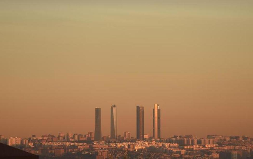 Alerta por contaminación en Madrid: por primera vez no podrán circular los coches con matrícula par