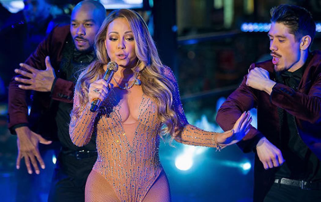 Mariah Carey huye del escenario tras una catastrófica actuación debido a problemas con el playback
