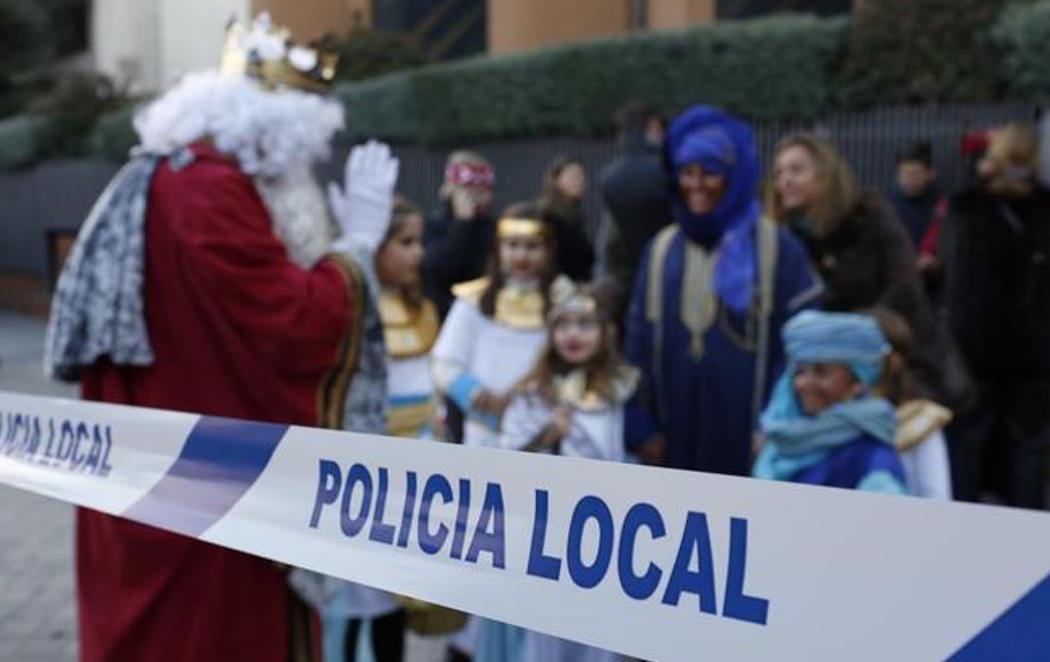 Los Reyes Magos llegan a Madrid escoltados por 40 policías