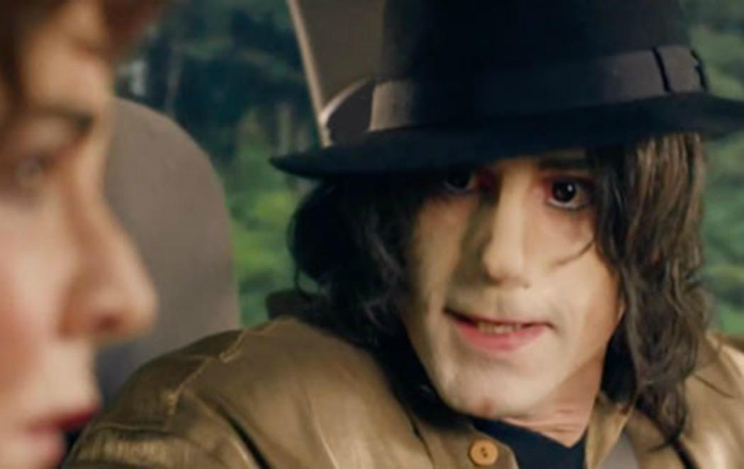 Primera imagen de Joseph Fiennes como Michael Jackson