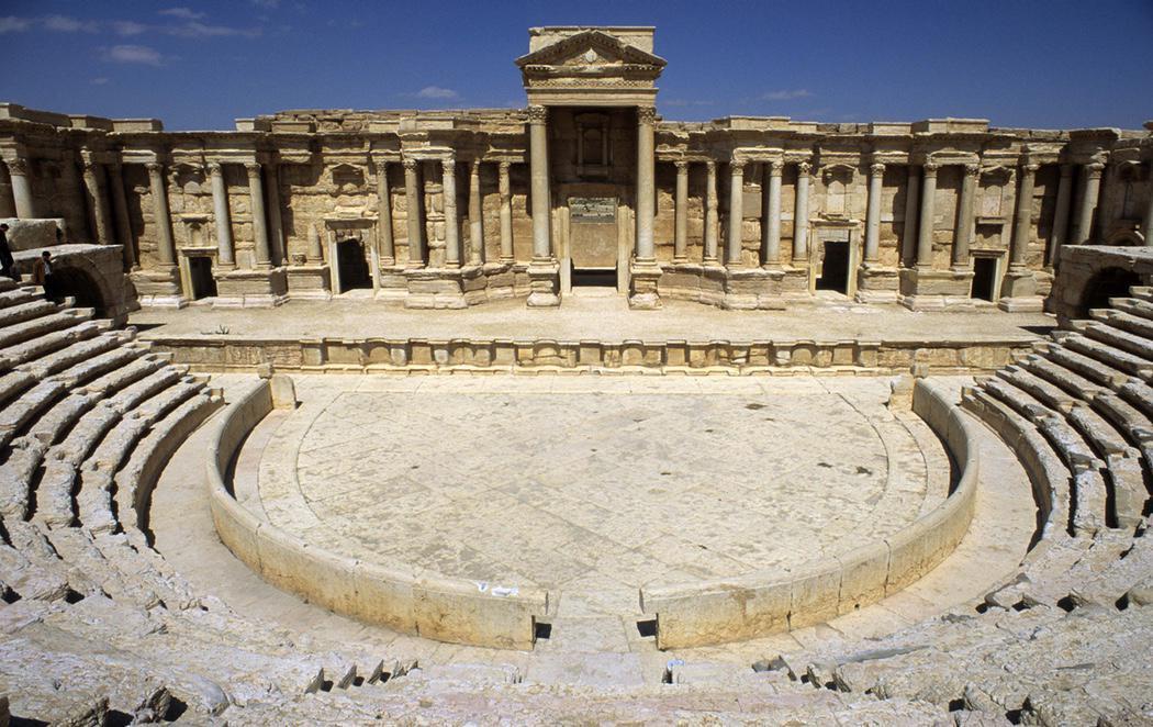 El Estado Islámico destruye el teatro romano y el tetrápilo de Palmira