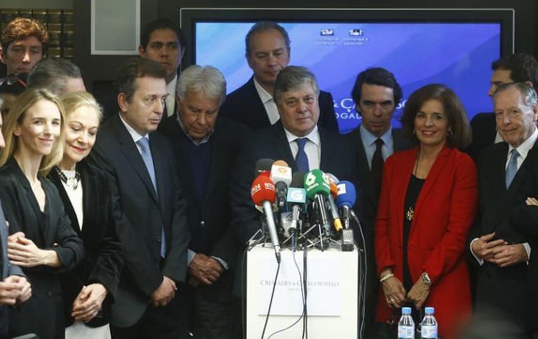 Bertín Osborne, Felipe González y José María Aznar, unidos por Venezuela