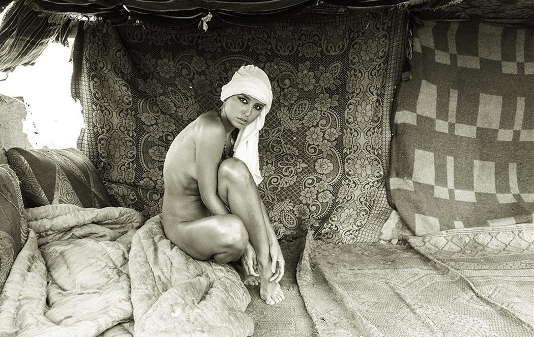 La imagen de una modelo desnuda ofende al Gobierno de Egipto