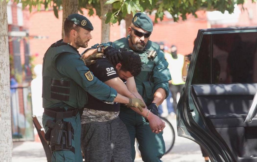 Bélgica detiene a un español acusado de liderar una célula del Estado Islámico