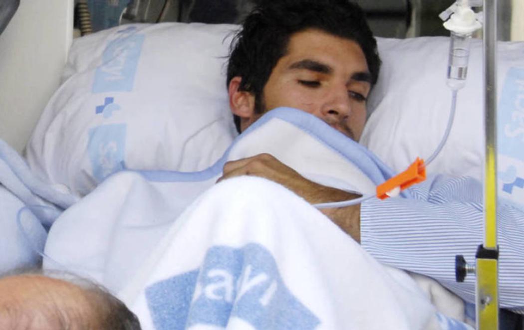 """Cayetano Rivera, desde el hospital: """"A los que me habéis deseado la muerte, gracias"""""""