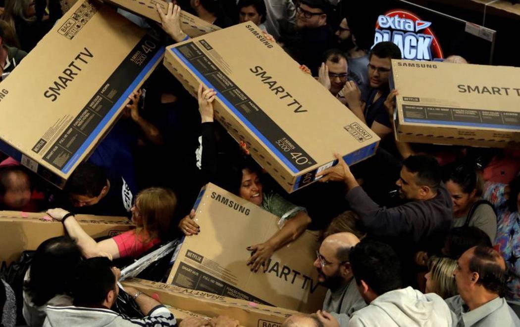 El Black Friday desata la locura consumista en todo el mundo