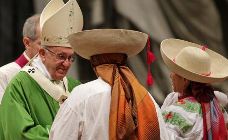 """El Papa, en un encuentro con refugiados: """"El miedo a los inmigrantes es comprensible"""""""