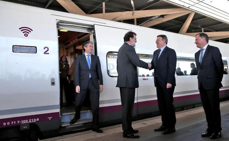 22 minutos de retraso en la inauguración del AVE a Castellón, con Rajoy a bordo