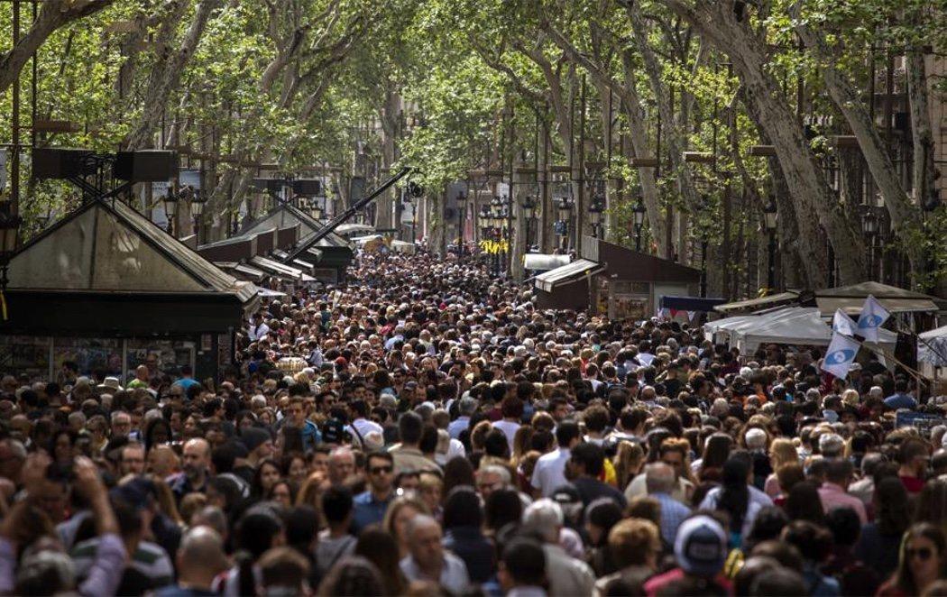 El día de Sant Jordi más reivindicativo en Cataluña