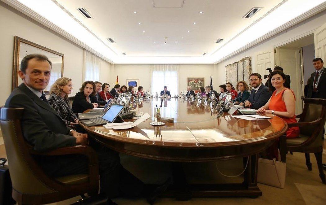 Arranca la era Sánchez con la primera reunión del Consejo de ministras y ministros