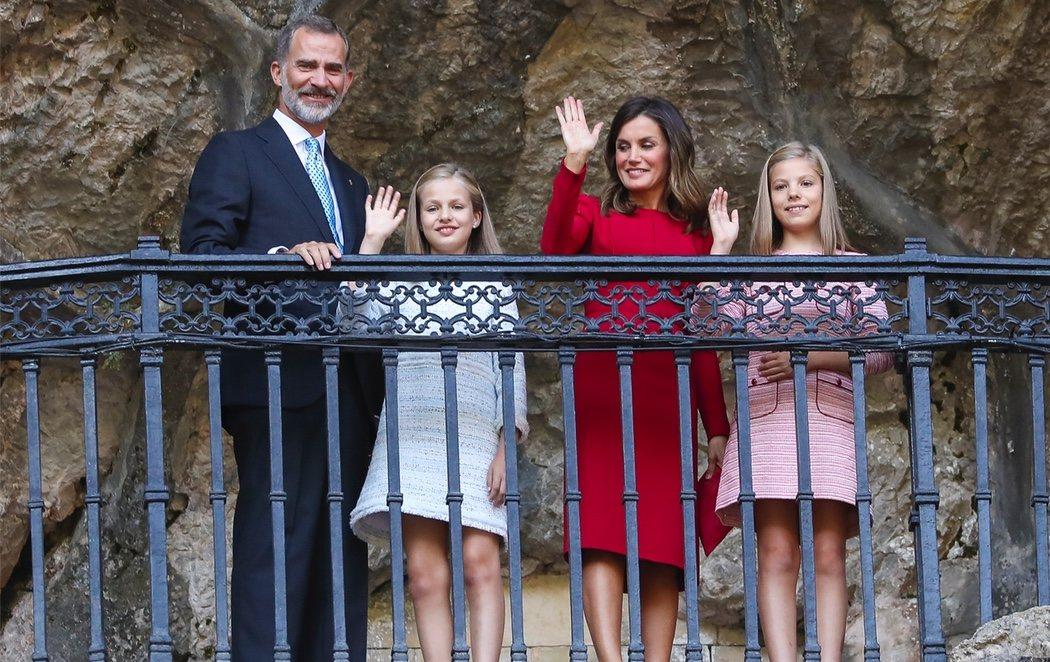 """Histórica visita de la Princesa a Covadonga: """"Que crezca sana, sabia, santa y guapa"""""""