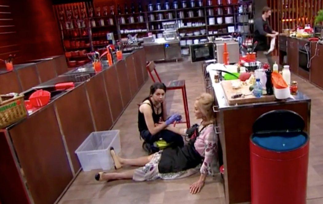 Carmen Lomana no aguanta la presión y se desmaya en las cocinas de 'MasterChef Celebrity'