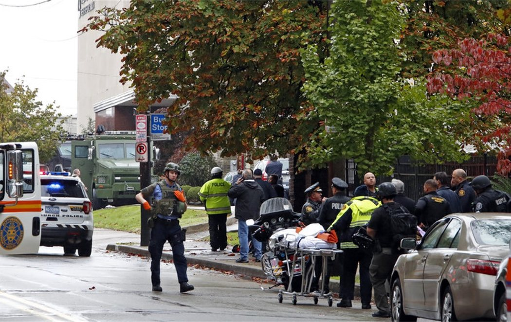 Un neonazi mata a 11 personas en un tiroteo en una sinagoga en Pittsburgh