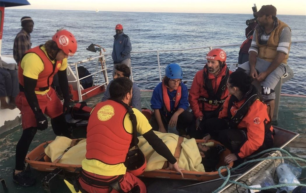 Pedro Sánchez ordena enviar el pesquero valenciano con refugiados 'Nuestra Señora de Loreto' a Malta