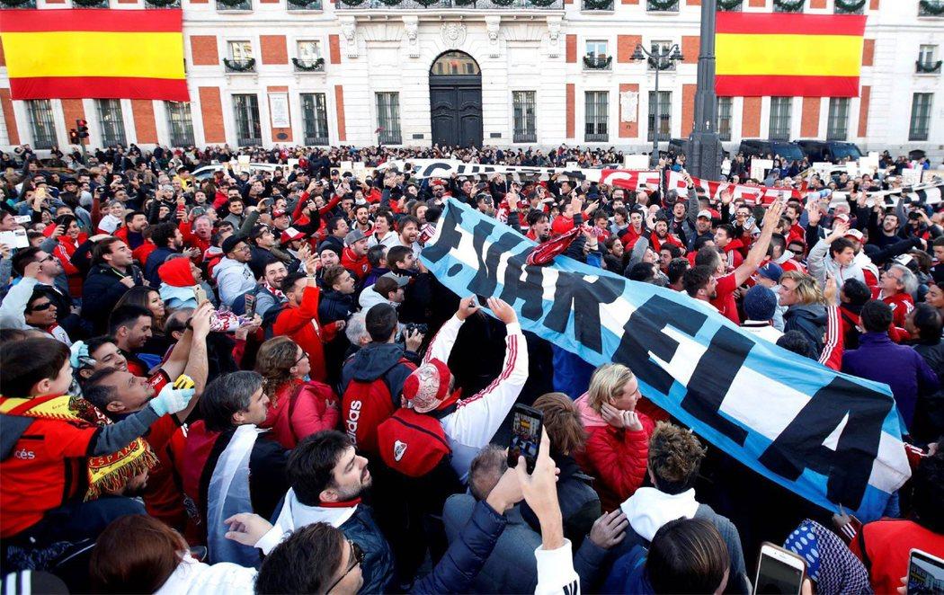 Madrid se prepara para la Copa Libertadores, el polémico derbi argentino