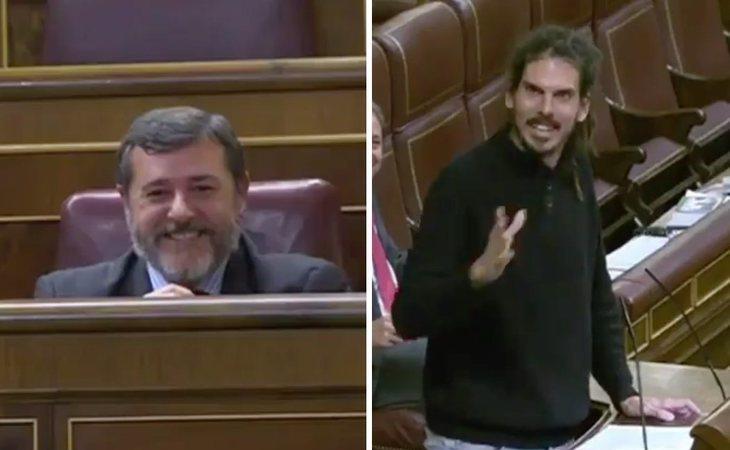 Un diputado de Podemos da una emotiva despedida a otro del PP