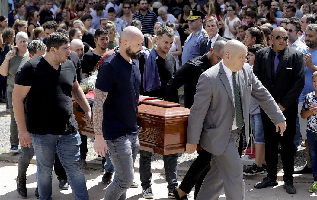 Funeral de Emiliano Sala: así ha sido la emotiva despedida al astro argentino