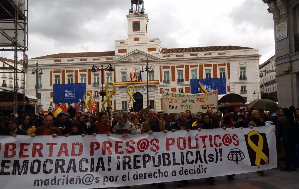 """Madrileños a favor de la independencia de Cataluña: """"Les apoyamos como ellos en la Guerra"""""""
