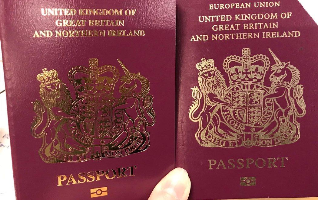 Reino Unido borra el sello de la Unión Europea de sus pasaportes
