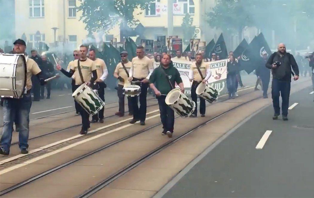 Conmoción en Alemania por la celebración de un desfile de neonazis uniformados