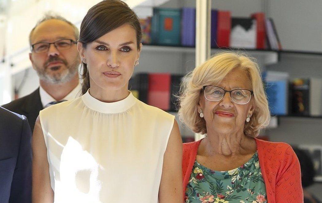 Manuela Carmena y la reina Letizia inauguran la Feria del Libro de Madrid