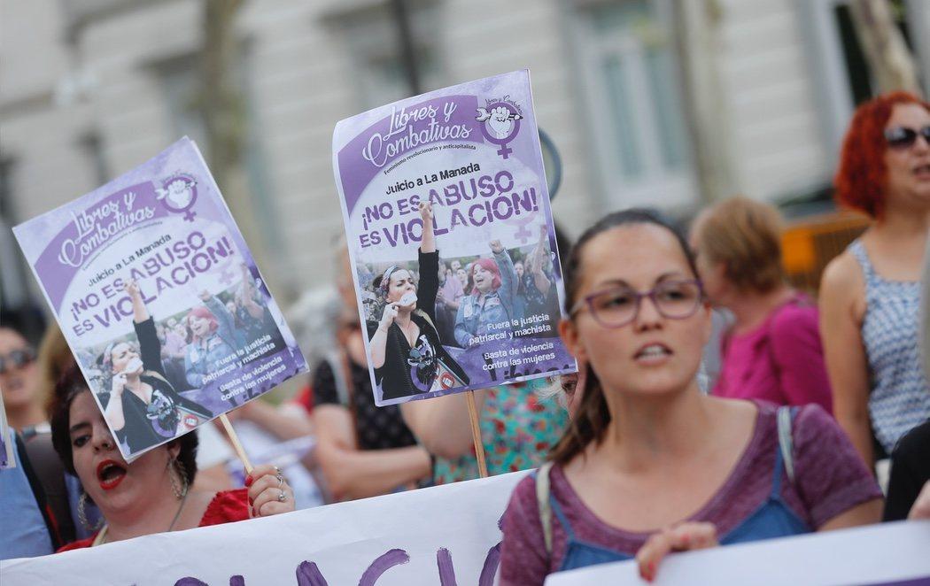 Celebran concentraciones a lo largo de España para celebrar la sentencia de 'La Manada'