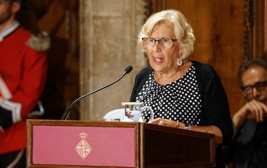 Manuela Carmena pide más diálogo entre Madrid y Barcelona en el pregón de las fiestas de la Mercè
