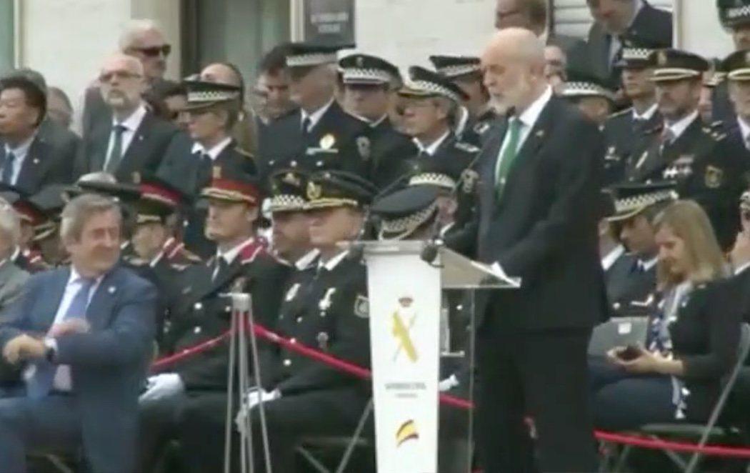"""El director de la Guardia Civil avisa al Parlament ante la sentencia del procés: """"No nos iremos de Cataluña"""""""