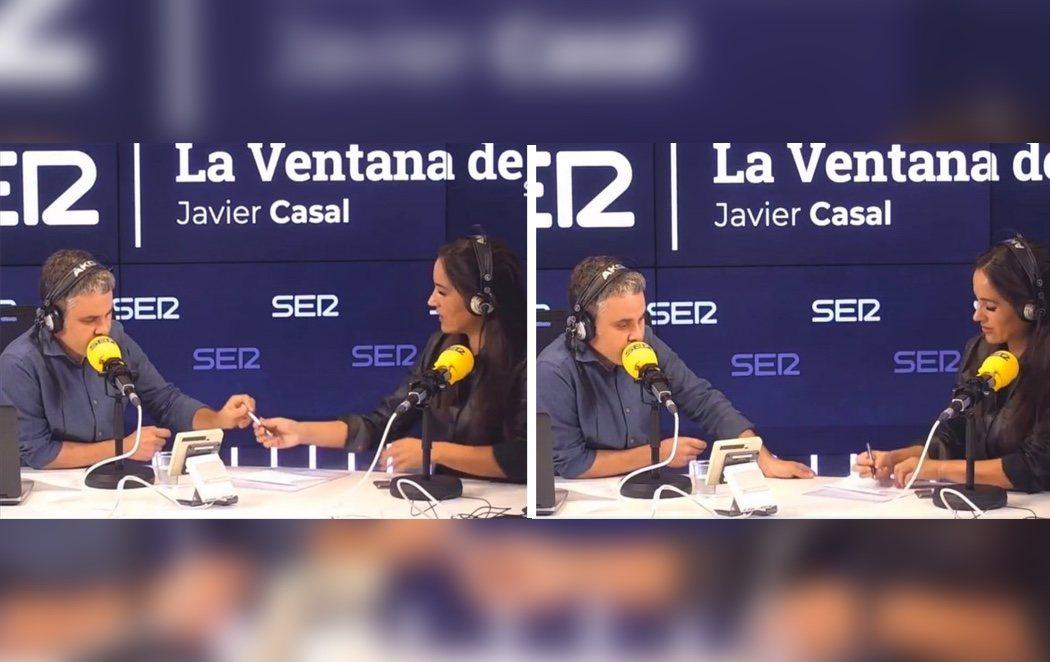 Begoña Villacís arrebata un bolígrafo a un periodista y le dicta una pregunta